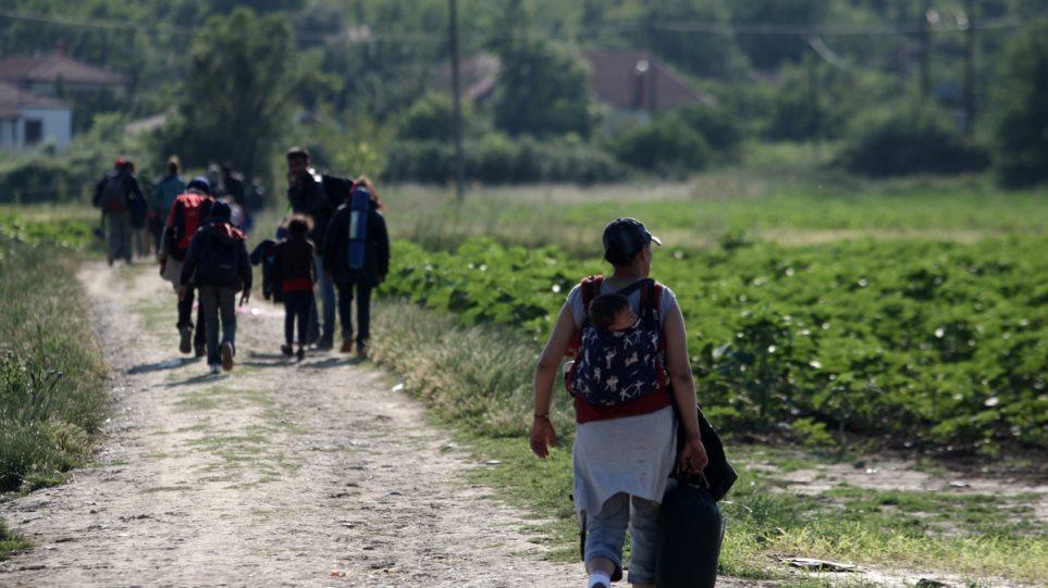 Μέσα σε μια εβδομάδα θα επιστρέφει στην Ελλάδα όσους πρόσφυγες εντοπίζει στο έδαφός της η Γερμανία