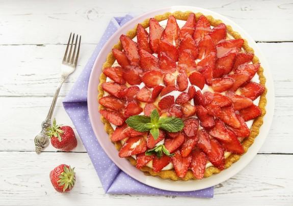 Γλυκές τάρτες με φρέσκα φρούτα