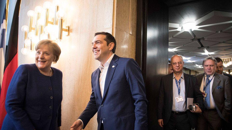 Μέρκελ για προσφυγικό: Με την Ελλάδα συμφωνήσαμε ήδη για άμεσες επαναπροωθήσεις προσφύγων