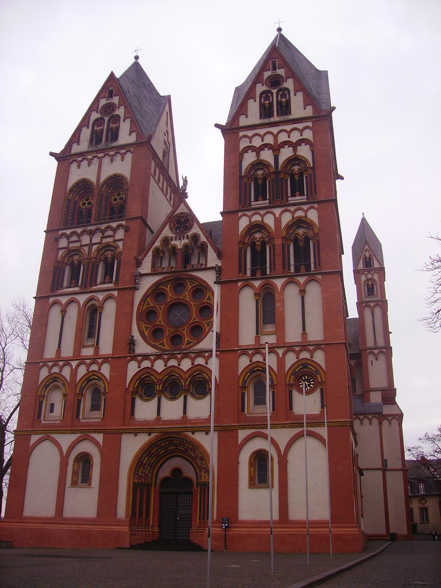 Limburg_an_der_Lahn_Dom_St._Georg_2