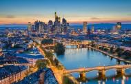 Η Φρανκφούρτη είναι ένας μικρός παράδεισος στον οποίο υποκλείνεται όλος ο επιχειρηματικός κόσμος!