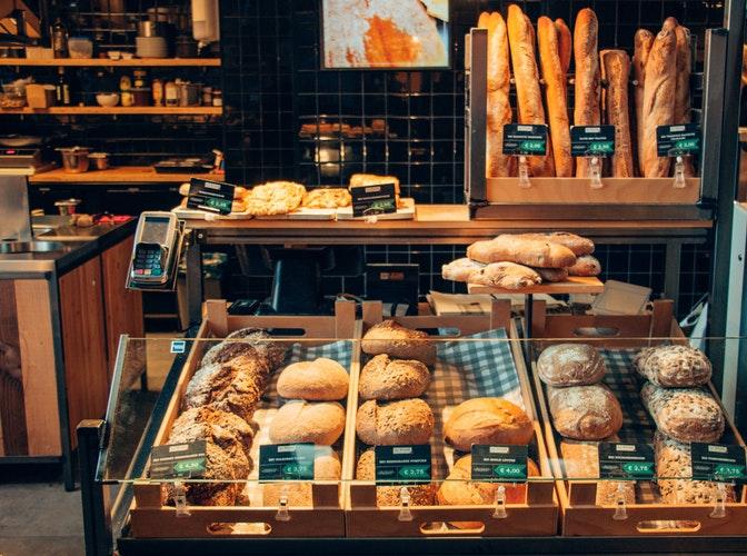 Γερμανία: Κλείνουν αρτοποιεία και κρεοπωλεία το ένα μετά το άλλο