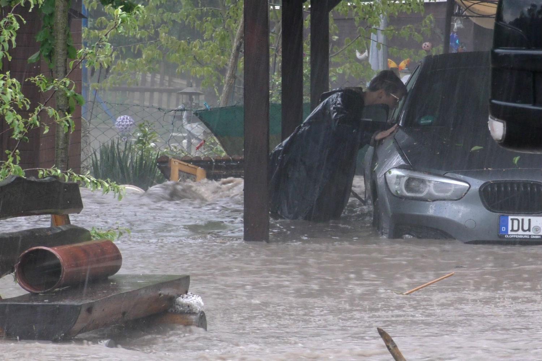 Γερμανία: Βροχοπτώσεις άνευ προηγουμένου πνίγουν τη χώρα